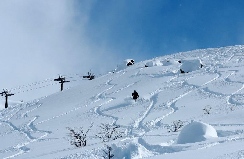 PowderQuest client Cerro Catedral skis Argentina - © Maxi Artoni