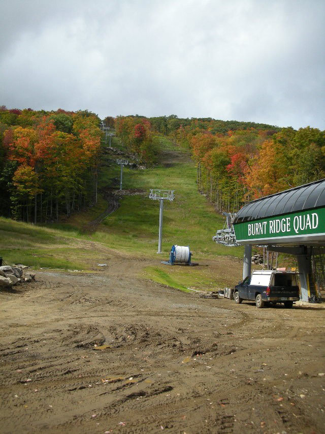 New York state agency OKs chairlift and trails to link Gore and North Creek Ski Bowl.