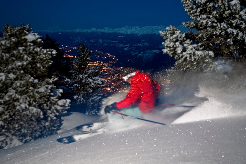 Ski en nocturne à Lans en Vercors - © Montagne de Lans