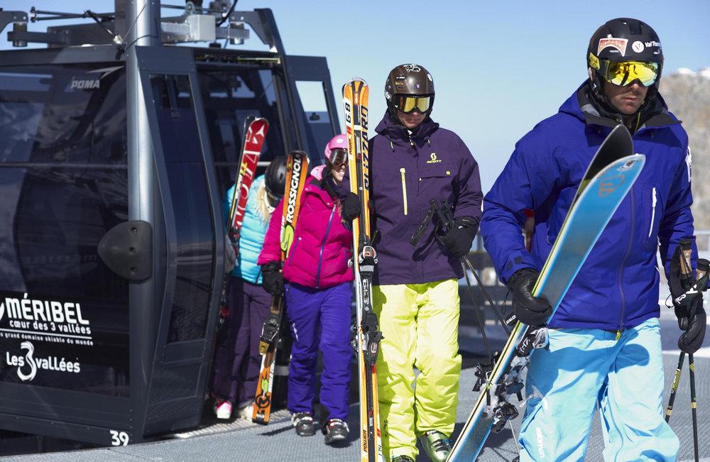 Des remontées mécaniques récentes et performantes, des pistes de ski variées et toujours parfaitement travaillées... pas de doute, vous êtes bien sur le domaine skiable de Meribel - © Les 3 Vallées / David André