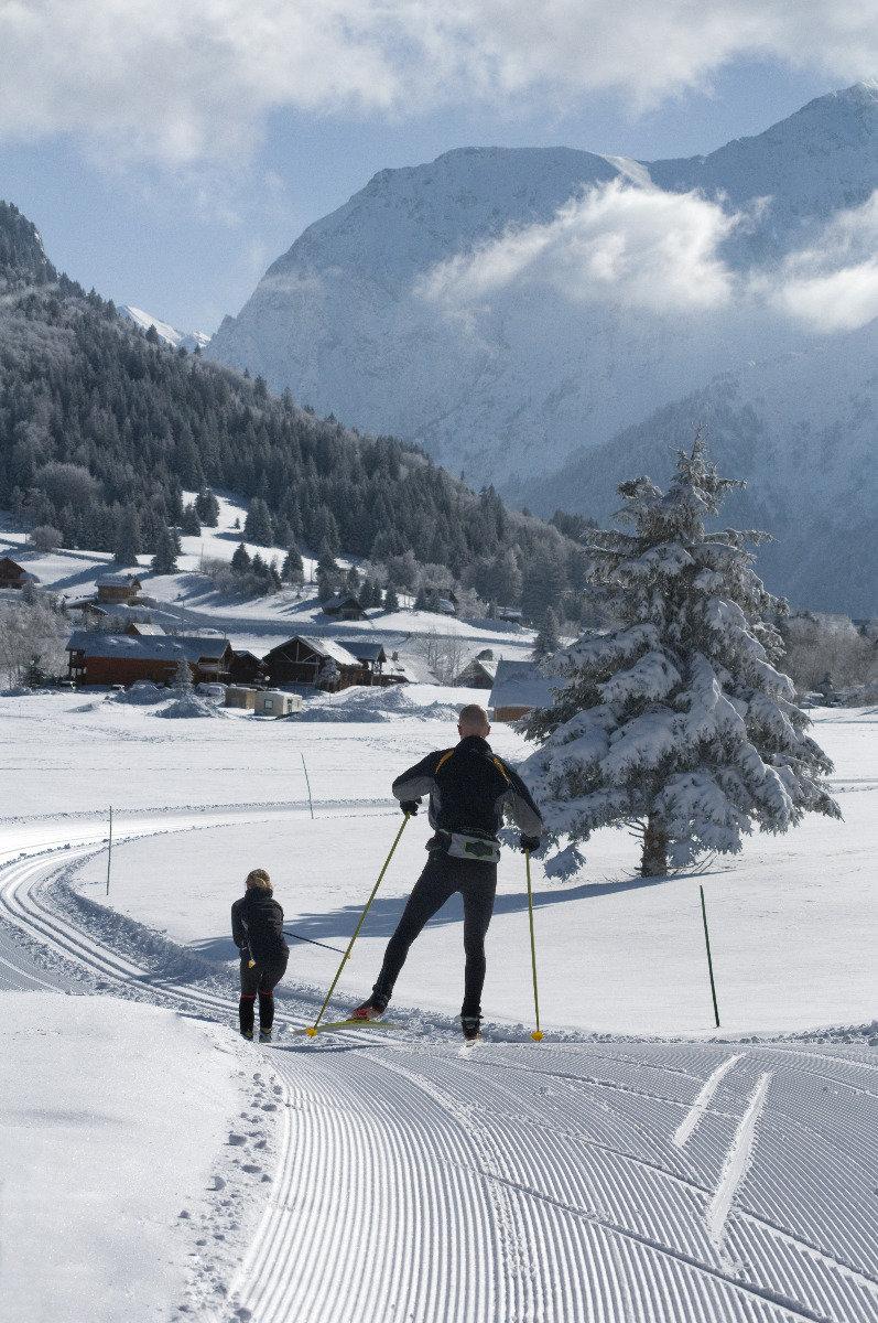 Ski de fond sur le domaine nordique de l'Alpe du Grand Serre - © Christophe STAGNETTO