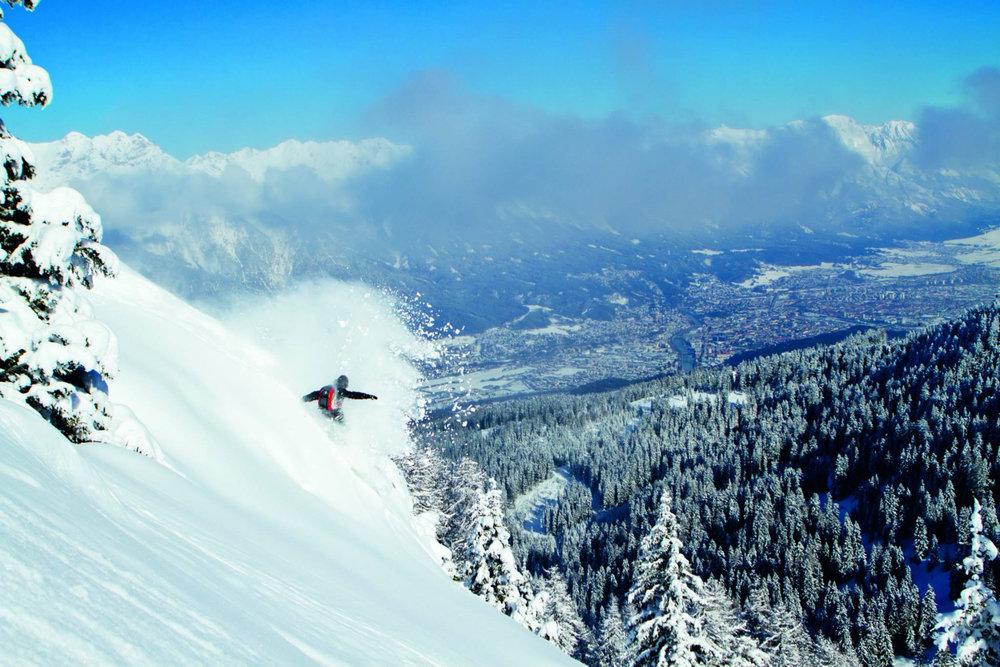 Hors-piste engagé sur les pentes d'Innsbruck - © ® Innsbruck Info