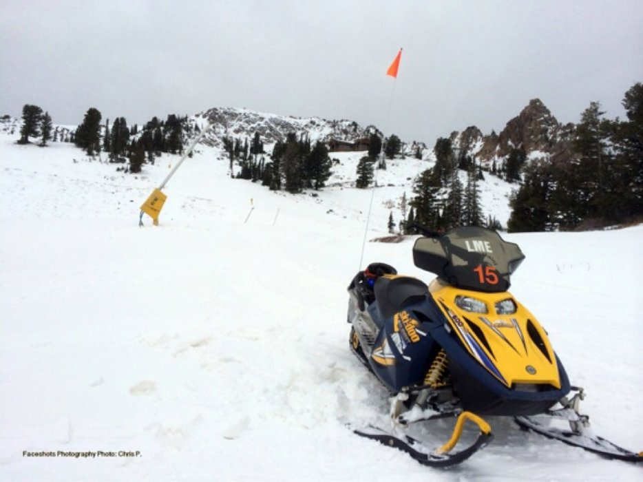 Look at all this BEAUTIFUL snow below Needles lodge!!!!!! #Skiing #SnowboardingSucks