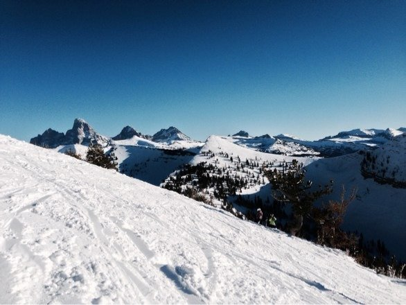 Really nice day. Groomed runs in ice shape, powder all chopped up. Crowded for sure.