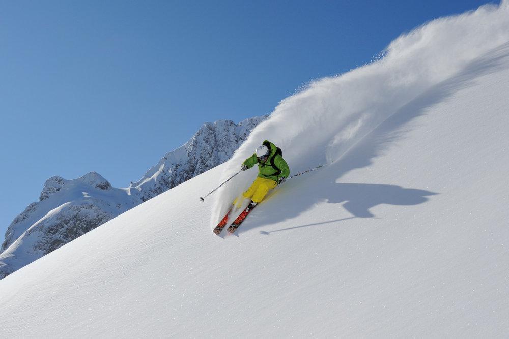 Freeriden in Zürs am Arlberg - © Josef Mallaun / Vorarlberg Tourismus