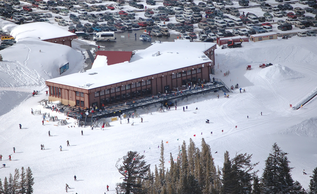 A view of the main lodge at Mt. Rose, Nevada