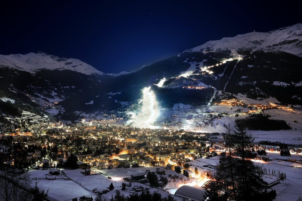 Bormio by night - © Bormioski