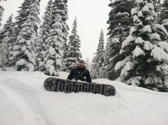A day late posting this but the snow was incredible! Great conditions with the snow at least 9 inches and deeper in other areas! Light and fluffy and its going to stay that way since the temperatures are going down this next week!