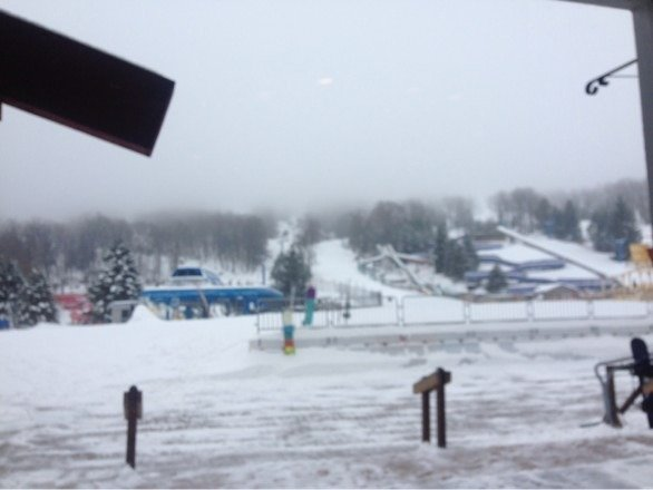 Pow day east coast style! Nobody here fresh tracks all morning! Pow jobs all day long!