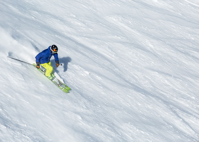 Explore to your heart's content. Mammoth has 20 lifts serving more than 129 trails. - © Mammoth Lakes Tourism