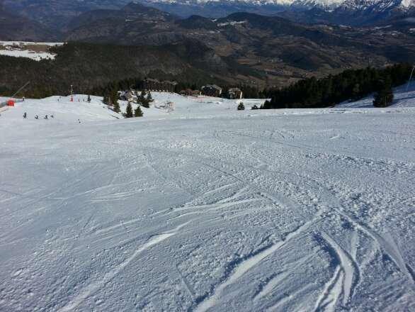 bonne neige super temps et personne sur les pistes