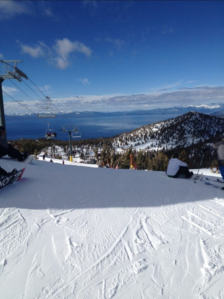 just got back from 2 days at heavenly and 4 at northstar...heavnly wins!! way less slush and way less crowded. wish i got to ski here all week
