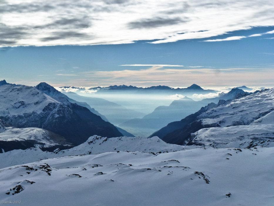 Wolkenspiele und tolle Aussicht auf der Tour - © Daniel Schweiss