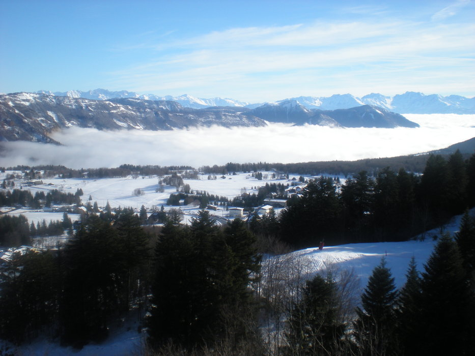 Savoie Grand Revard - ©Valentin Ferry | Val54 @ Skiinfo Lounge