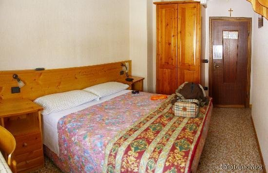 Hotel Zebru'