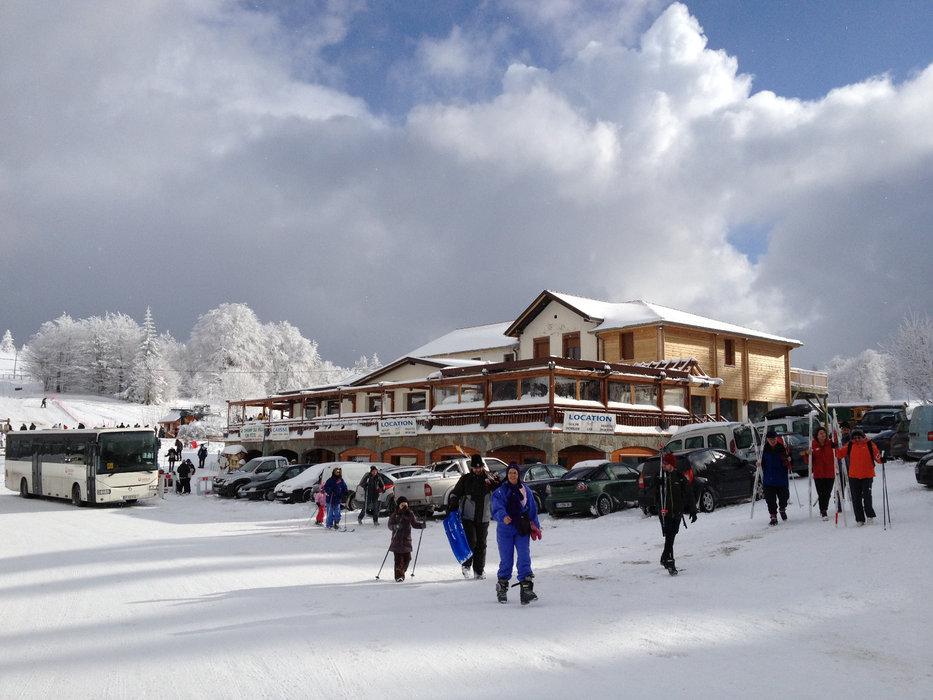 Restauration, location de matériel... la station de ski du Champ du Feu propose tous les services pratiques indispensable à la réussite de votre séjour au ski