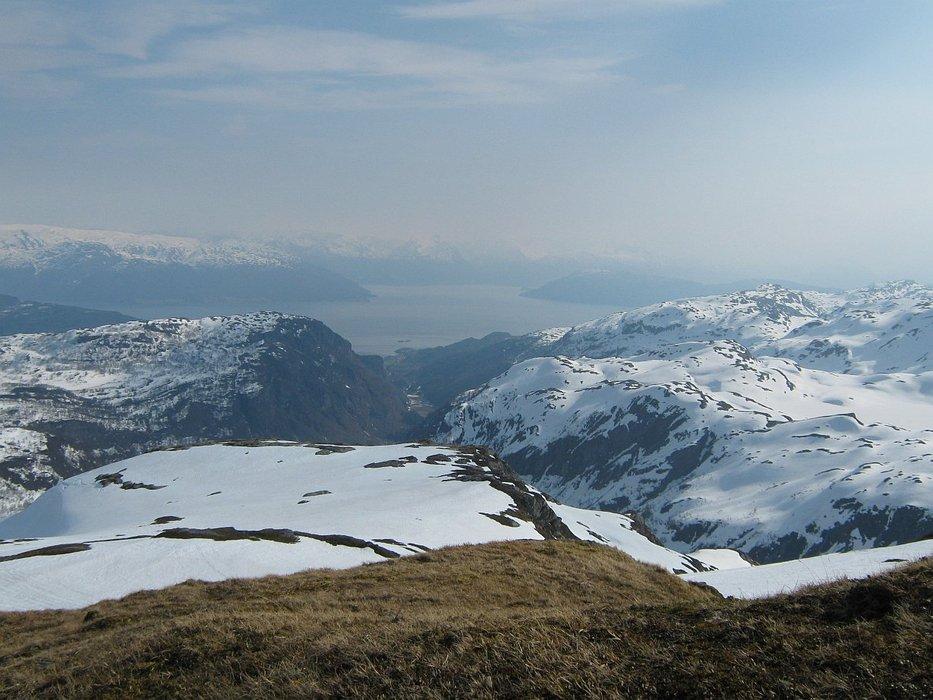 Hardangerfjorden - utsikt fra Gråskorvenuten - © Margaret @ Skiinfo Lounge