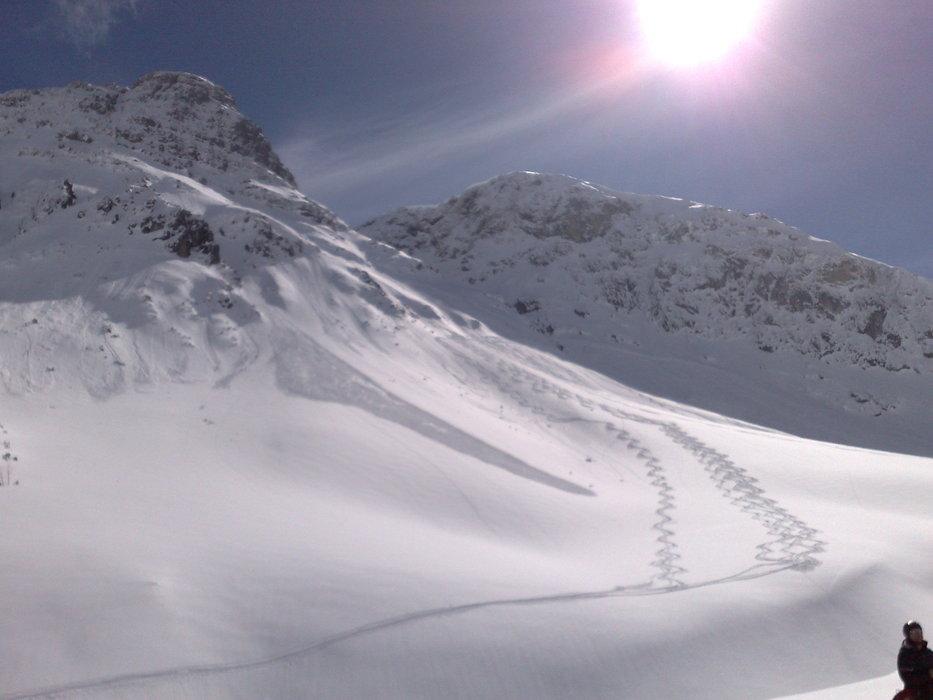 Lech Zürs am Arlberg - ©Eirik Solheim   Solis @ Skiinfo Lounge