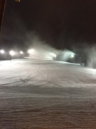 Great conditions today, a little slippery on parts but 90% good 10% ice. Great conditions for the weekend if you are coming up and they have all the blowers on right now so happy skiing.