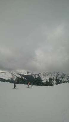 fresh powder from the 21.12.14.... 8cm this morning  more runs and lifts open but still less than half.... go to leogang for the best conditions