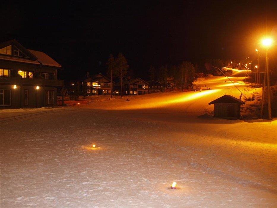 Uvdal Alpin i kvelden | Uvdal Alpin i kvelden - © help2cad.dk | help2cad.dk @ Skiinfo Lounge