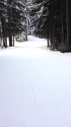 Morning skiing is prime! Post lunch could use a hand
