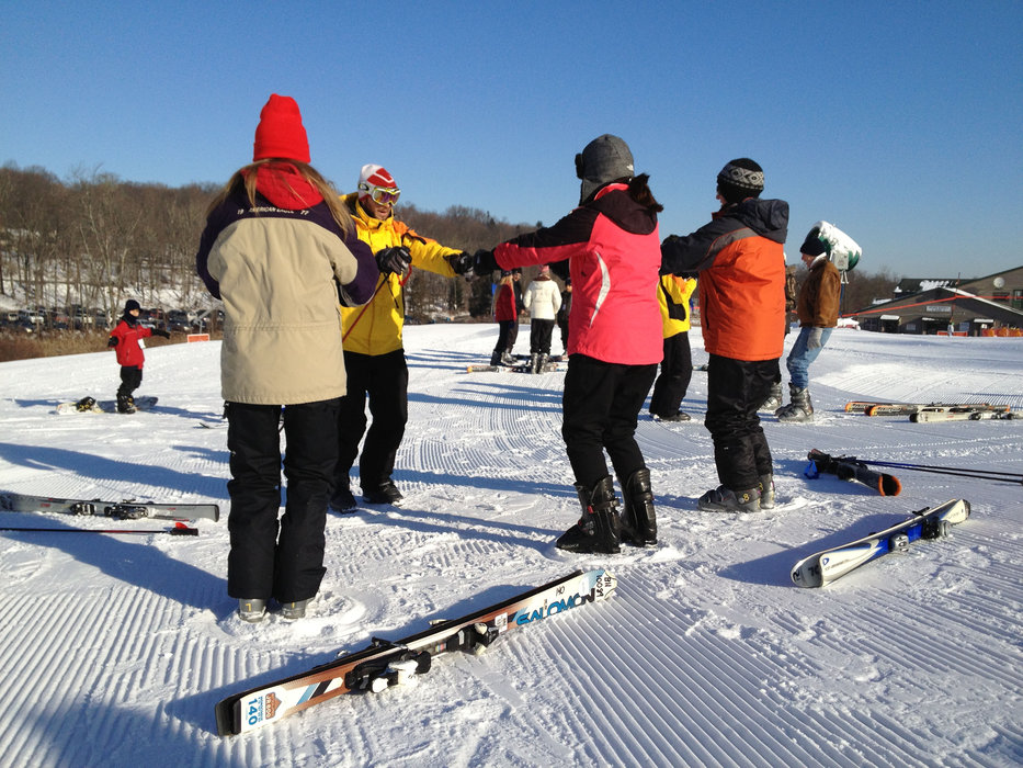 Friends learn together at Shawnee Mountain.  - © Shawnee Mountain