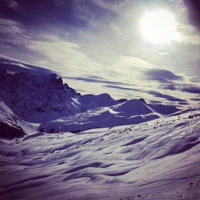 02/01/2015          Piz Martegnas (2670m)  Tempo sereno, neve ottima in quota. Neve leggermente sciolta, ma comunque buona al di sotto dei 2000m e neve non ottimale in zona Tigignas(1600m).