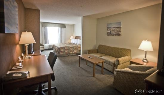 Service Plus Inns & Suites Calgary