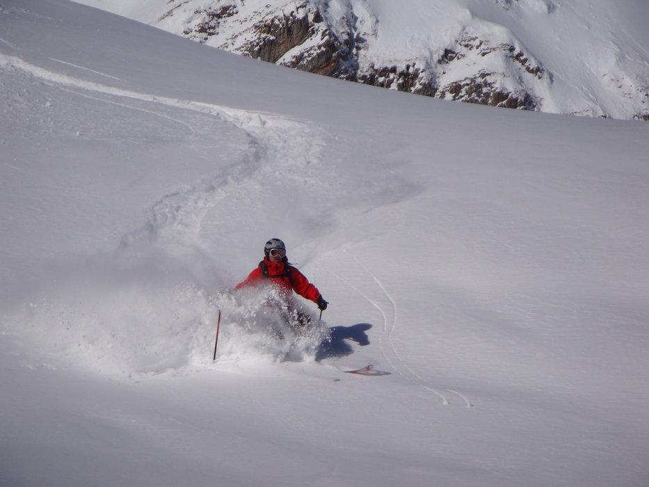 Lech Zürs am Arlberg - ©Annette   RED 2 @ Skiinfo Lounge