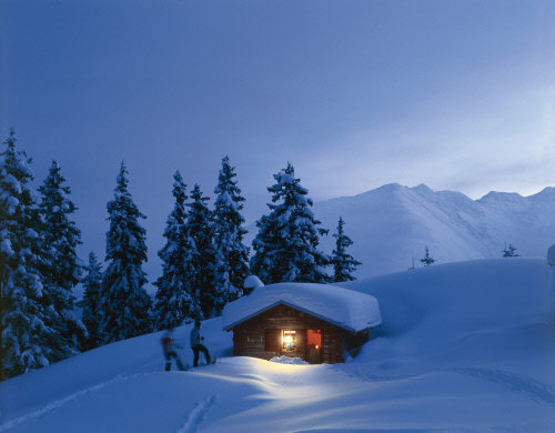 Disentis ist ein Mekka für Tiefschneefans und Ruhesuchende - © Switzerland Tourism