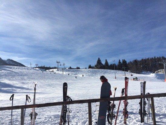 Ein toller Skitag! Pisten in Prima Zustand, Wetter perfekt.