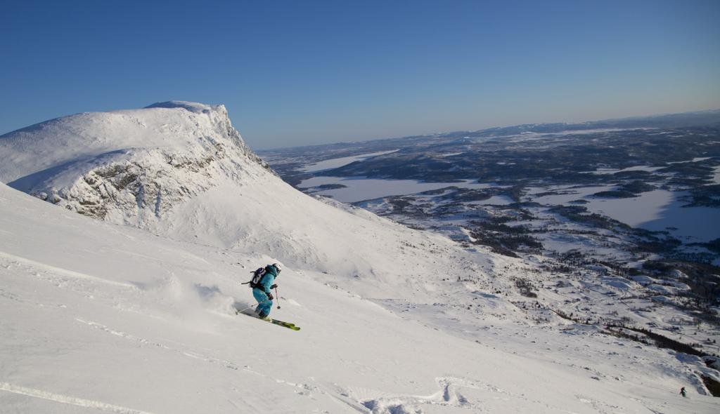 Hege Jacobsen skiing from Nibbi in Hemsedal - © Are Tallaksrud