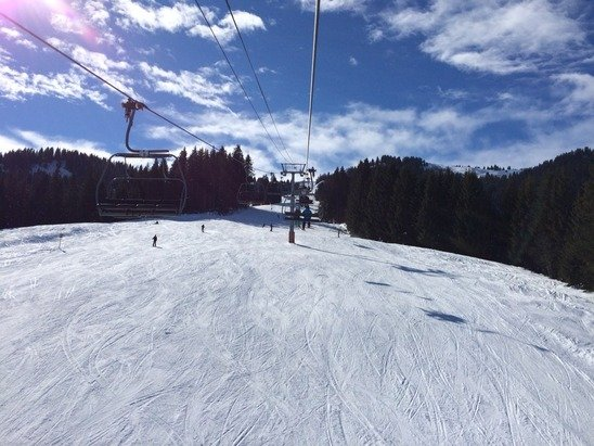 Groomed pistes and lots of sun