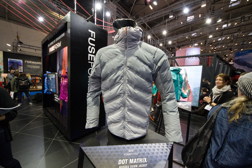 Bunda: The North Face Fuseform Hooded Down - © Skiinfo