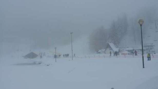 neve ottima visibilità molto scarsa. ..