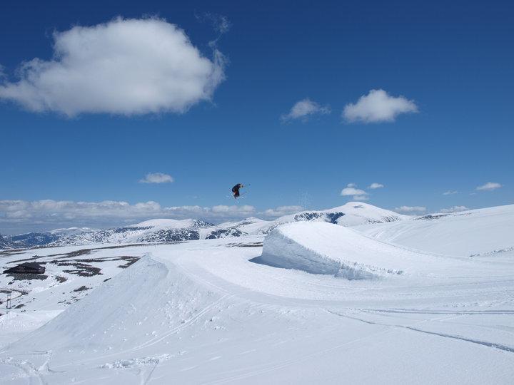 Galdhopiggen Glacier ski - © Galdhøpiggen Sommerskisenter Juvass | Skiinfo Norge @ Skiinfo Lounge