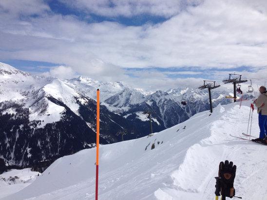 Giornata perfetta tempo, neve e allegria