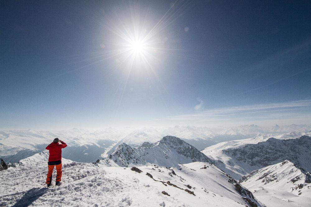 Ausblick vom Weissfluhgipfel (2.844m) - © Skiinfo