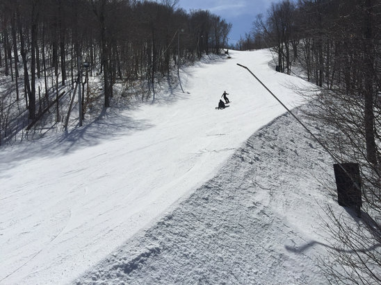 Jiminy Peak - Great boarding today. No lines, really well groomed slopes. Soft surface, hard underneath, but it holds you well. No sheet ice found yet. - © groupcapt