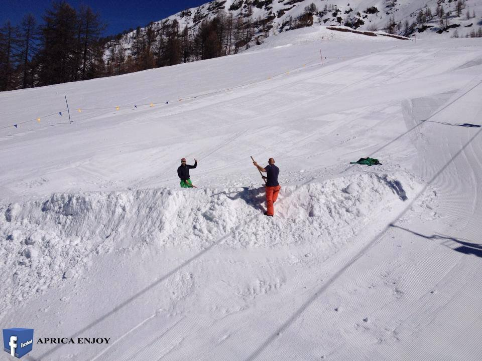 Aprica - Aprile 2015 - © Aprica Enjoy Facebook