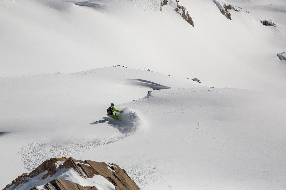 Powderturns mit Board im Januar