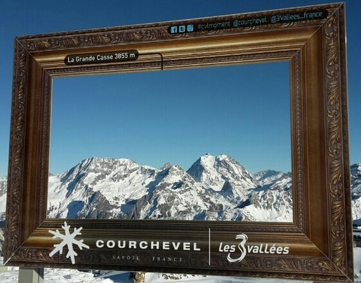 Courchevel - [! skireport_firsthandpost_pagetitle ] - © eric.sifflet42