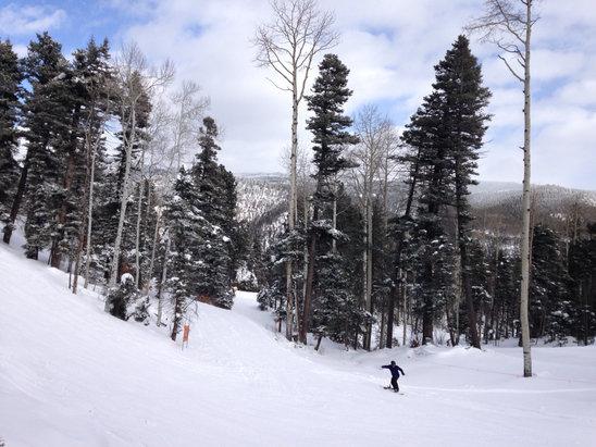 Sipapu Ski Resort - Good snowNo crowd - © greg