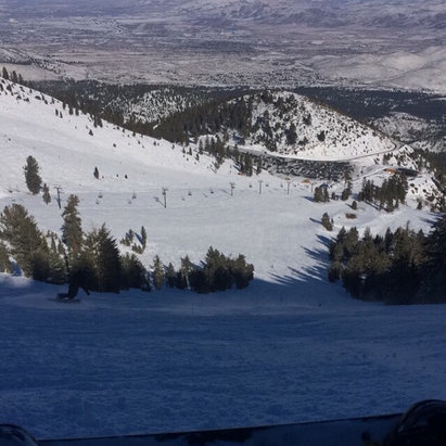 Mt. Rose - Ski Tahoe - Freshness on slide bowl!! - © lt