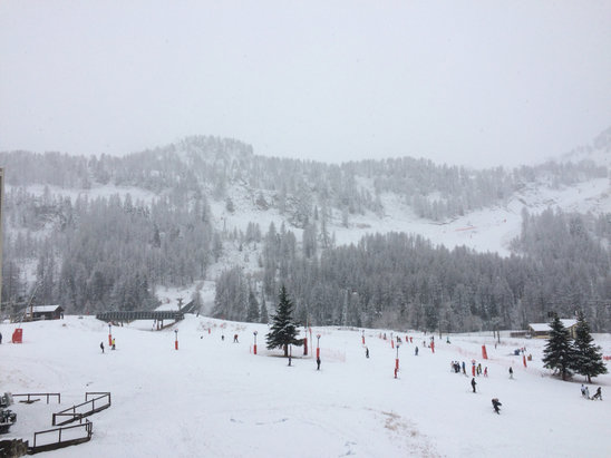 Isola 2000 - Firsthand Ski Report - ©Pascale Iphone