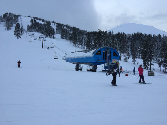 Mt. Bachelor - Amazing day at the mountain, fresh powder, deep snow, clear skies (except between 10 and noon) - ©Andre