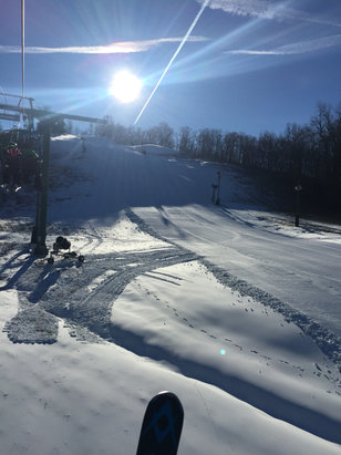 Mount Peter Ski Area - Great conditions this morning- they really have a great grooming team - © iPhone