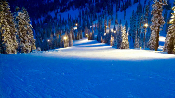 Mount Shasta Board & Ski Park - Great night skiing  - © Blake Iphone