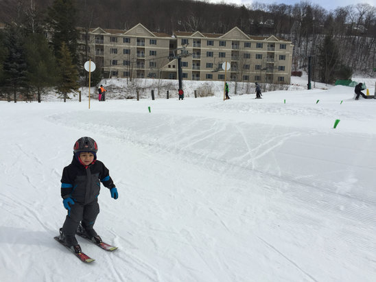 Jiminy Peak -  3 year old skied on magic carpet & go down by himself. I'm a ski instructor, never seen such a great learn area terrain. I was able to take snowboard for first time and took lift in learning area for same reason. Ice in many slops at, disappointed at terrain park. Glad to see most trail open in this warm weather. - © Dattu's iPhone 6
